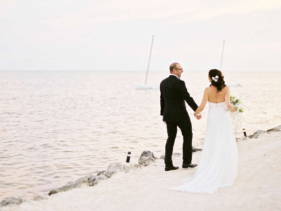 Florida Keys Weddings, Islamorada Wedding, Cheeca Lodge beach Wedding, Islamorada wedding photographer